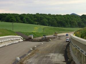 Stavba dálnice, wikipedia.org
