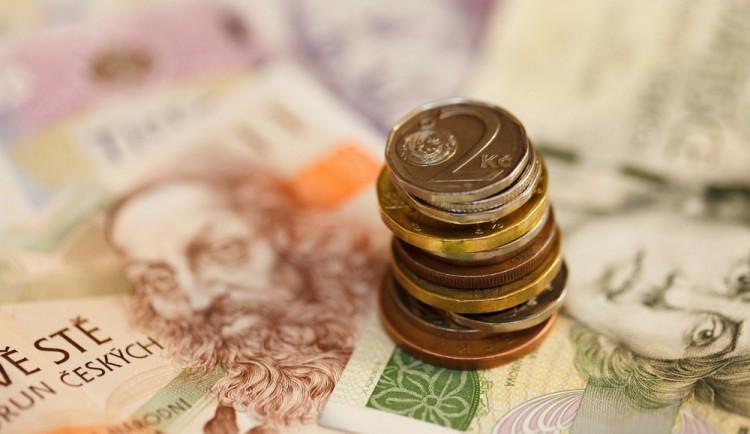 Výzkum: Na trhu se spotřebitelskými úvěry dochází k porušování licenčních povinností až třetinou poskytovatelů