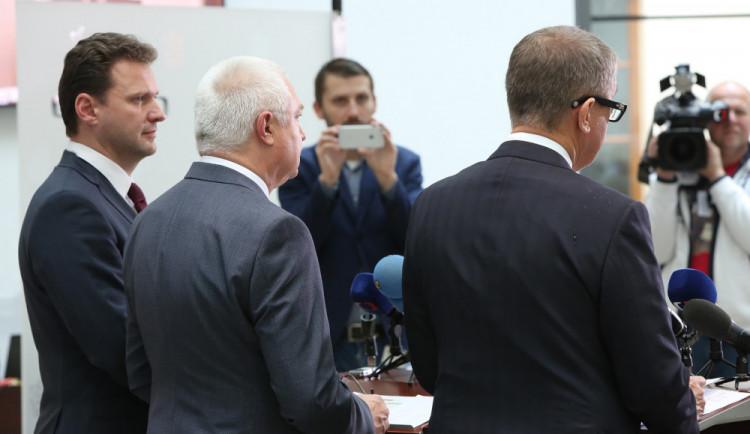 Za urážku úředníka bude nadále hrozit pokuta až 10 tisíc korun