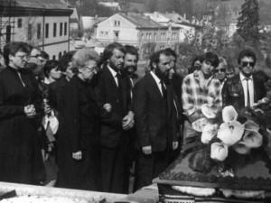 """""""Zbyl jsem sám."""" Posledního mrtvého politického vězně z kriminálů ČSSR dodnes u soudů hájí bratr"""