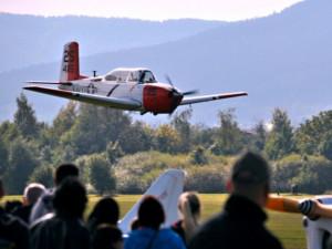 Z letadla nad Ještědem upadlo padesátimetrové lano. Aeroklub nálezci nabízí vyhlídkový let