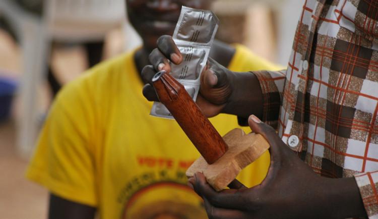 Na Kubě sahá použití kondomů daleko mimo sex