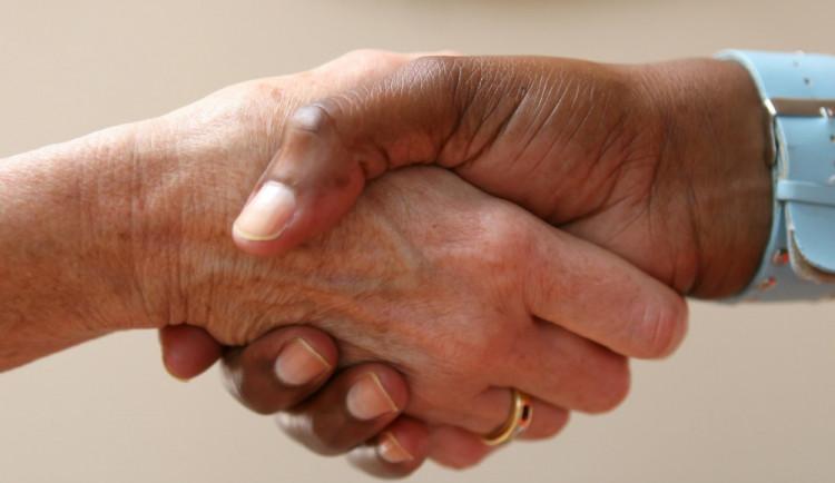 Na smlouvu, nebo na dohodu?