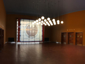 Největší sokolovna v Česku prošla rekonstrukcí. Dvoraně Stadionu se vrátila původní tvář.