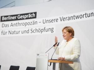 Německá média píší o zemětřesení a debaklu pro CSU a SPD