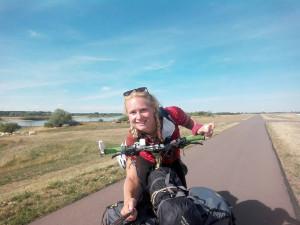 (NE)OBYČEJNÍ: Na kole projíždí celou Evropu. Člověk musí opustit komfortní zónu, ale stojí to za to, říká Alena Ledlová