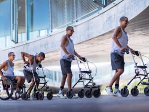 Běh, co má smysl. Díky závodu Wings for Life World Run se první pacienti staví na vlastní nohy