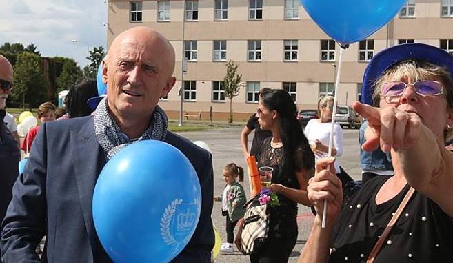Senátor Valenta chce z Rakouska vrátit české korunovační klenoty, úřady zatím nepřesvědčil