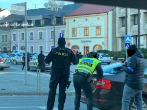 Policie zadržela muže, který přepadl banku v Příbrami