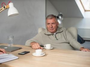 Nejhorší, co můžete v kampani říkat, jsou vlastní názory, vzpomíná rok po prezidentské volbě Vratislav Kulhánek
