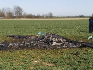 Nehodu letadla na Táborsku způsobila chyba při řízení a přetížení.