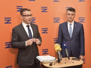 Ministr dopravy Vladimír Kremlík s generálním ředitelem SŽDC Jiřím Svobodou.