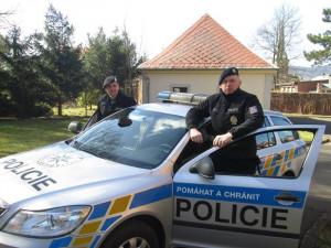 Dva ocenění policisté.