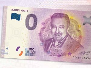 Začal prodej bankovek s Gottem, v dešti čekají stovky lidí.