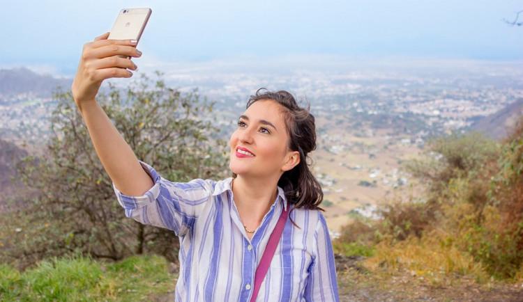Zaměstnanci Huawei sbírají citlivá data o klientech