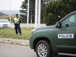 Policie loni zadržela 4992 nelegálních migrantů, víc než předloni