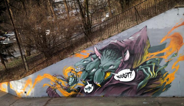 (NE)OBYČEJNÍ: Liberecký sprejer Uplne Mimo, jeho graffiti mají v sobě příběhy i vtip