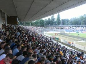 Na fotbal tedy chodili tisíce lidí.