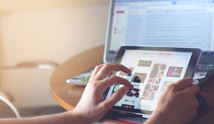 """""""Čoika"""" varuje před rizikovými e-shopy. Patří mezi ně i doména jihočeského sportovce, kterou někdo koupil"""