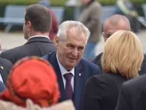 Prezident Zeman se zúčastní recepce pořádané čínskou ambasádou