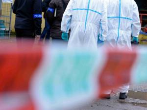 V Újezdu u Prahy našli mrtvého muže, policie případ vyšetřuje