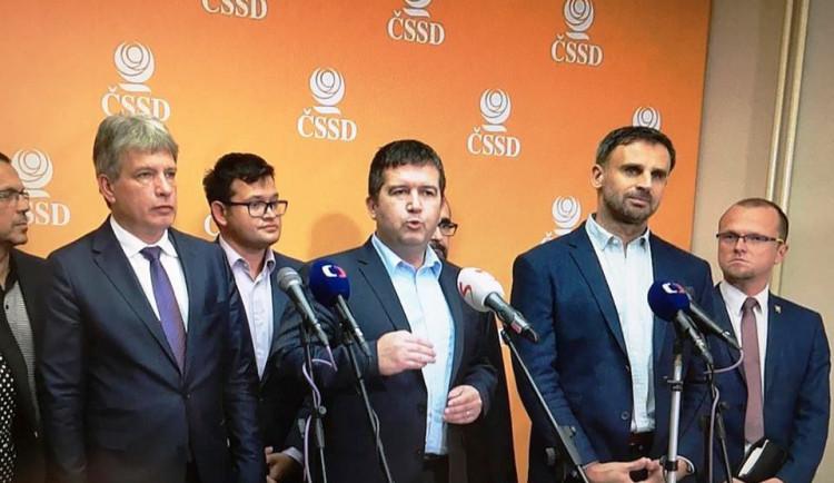 Hamáčkův výpad proti Zimolovi: Kdo nevěří ČSSD, ať se rozhodne, za koho kandidovat
