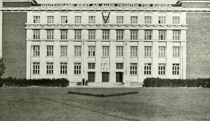 ZPÁTKY V ČASE: Před 80 lety uzavřeli nacisté české vysoké školy