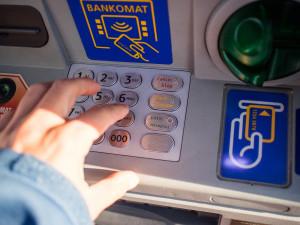 Česko má téměř 5500 bankomatů, za průměrem EU však zaostává