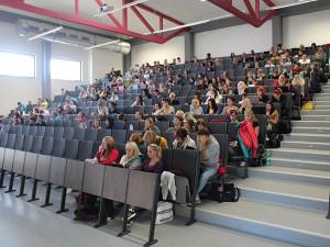PRŮZKUM: V Česku roste uplatnění absolventů s bakalářským titulem