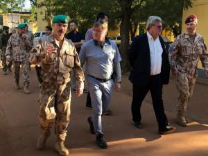 Vláda projedná vyslání až 60 vojáků do Mali, Nigeru a Čadu