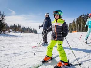 PRŮZKUM: Při lyžování si helmu nasazuje sedm z deseti Čechů
