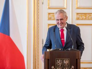 Hrad za spor o Peroutku dosud zaplatil 518 tisíc korun