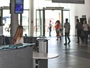 ANALÝZA: Kvůli koronaviru mohou mít potíže dovozci i hotely