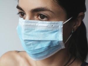 Nakažených koronavirem v ČR je celkem 18, šest nových