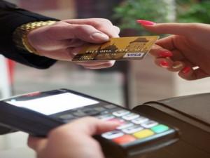 Kreditní karty mají alternativu. Znáte odloženou platbu?