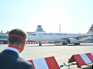 Do Česka dorazila z Číny dodávka 1,1 milionu respirátorů