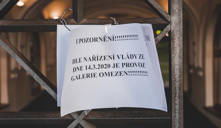 Nákaza připraví pořadatele veřejných akcí o miliardu korun