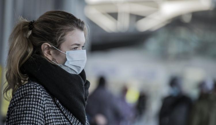 Od 25.května budou akce pro 300 lidí, epidemie přidusila ekonomiku