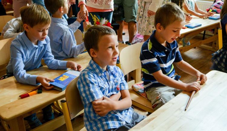 Žáci prvního stupně budou moci od 25. května docházet do škol