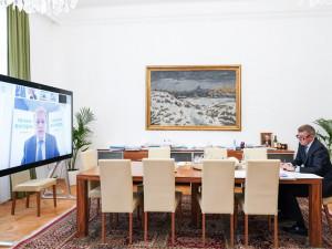 Babiš: Za rezolucí stojí čeští europoslanci, kteří poškozují Česko