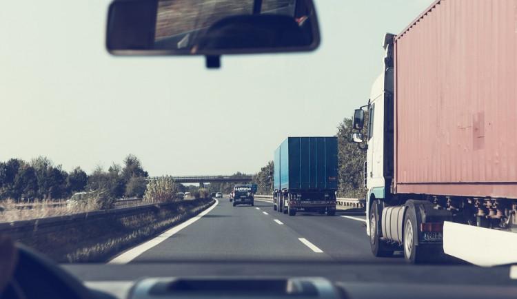 Na dálnicích čeká na motoristy přes léto téměř 40 uzavírek
