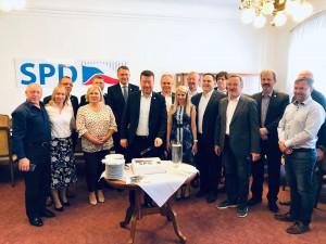 Facebook hrozí zrušením stránek SPD, hnutí se chce bránit