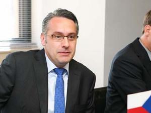 Metnar odmítl pochybení ministerstva při odstranění sochy Koněva
