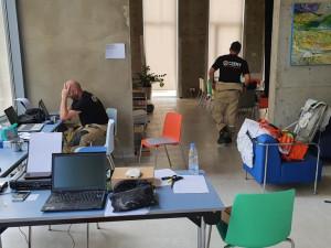 FOTO: Čeští hasiči budou v Bejrútu operovat půl kilometru od místa výbuchu