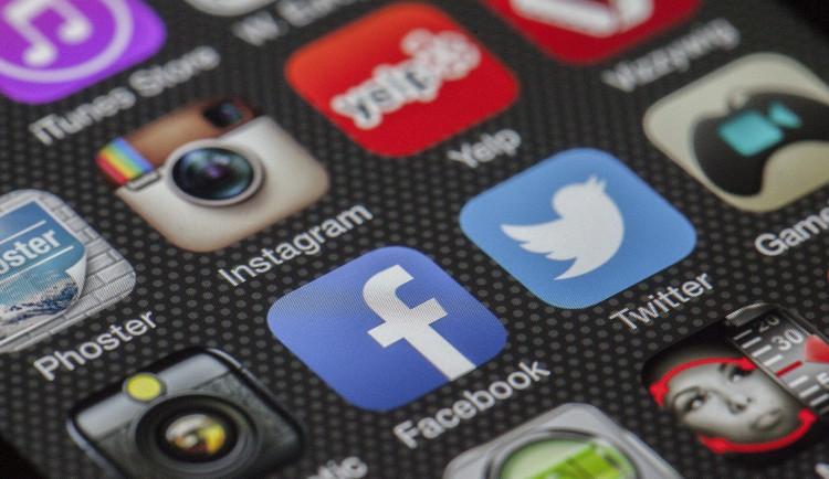 Facebook spouští sdílení videí podobné TikToku