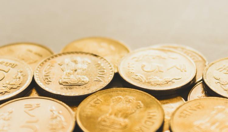 Jak nejlépe investovat 50 000 korun? 3 tipy pro bezpečné zhodnocení úspor