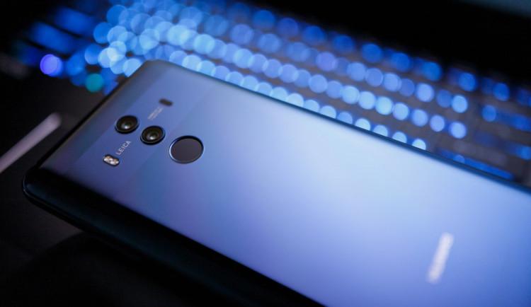 Společnost Huawei nezískala v ČR bezpečnostní prověrku