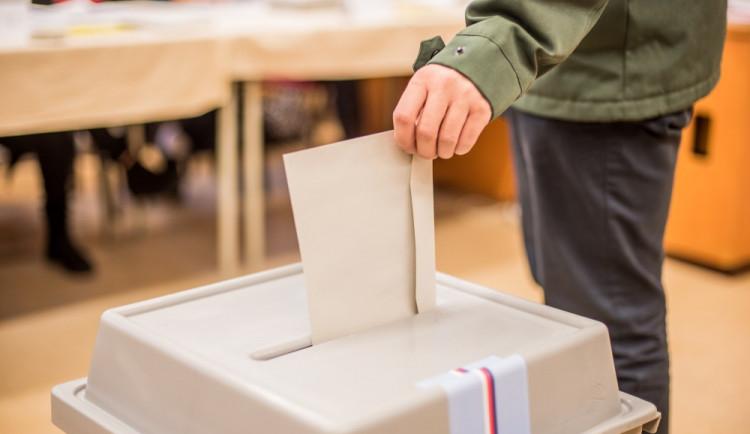 PRŮZKUM: Říjnových voleb se chce účastnit 67 procent lidí