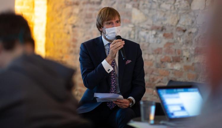 Dokud bude premiérem Babiš, je úplně jedno, kdo bude za ANO ministrem zdravotnictví, komentuje rezignaci Vojtěcha Kalousek