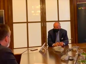 VIDEO: Faltýnek se omluvil za setkání v zavřené restauraci, Prymula prý nemá problém s rezignací